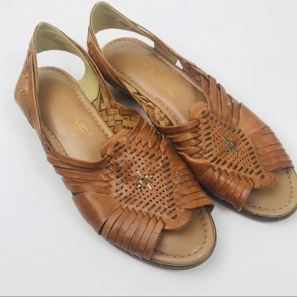 f09e141dae78 Vintage leather huarache sandals Mexican shoes. M 5c48761e194dadaa285b46df